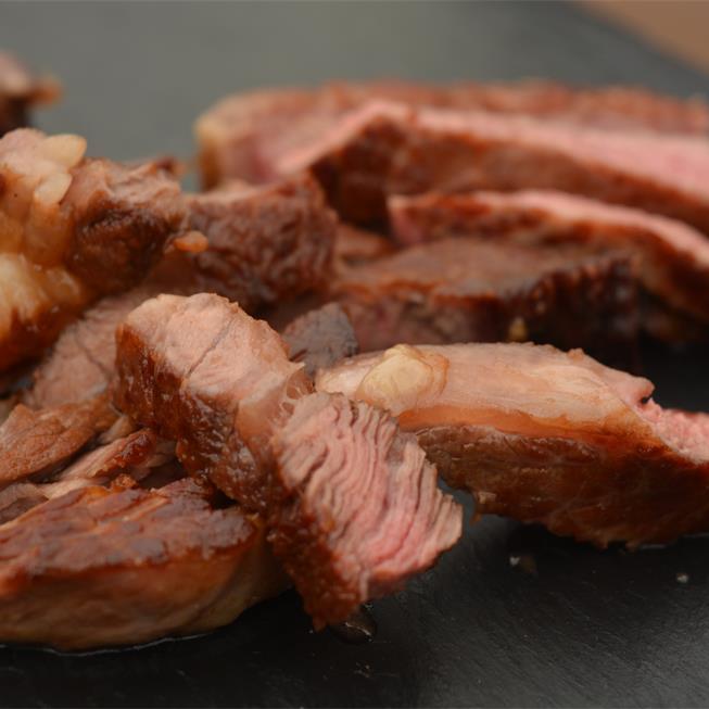 Antricot de vită cu sos de smântână, pe gustul oaspeților noștri